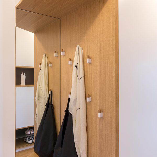 Garderobna omara po meri predsobe